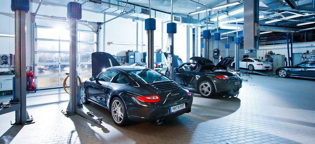 Porsche-Solingen-20120131-1447.jpg